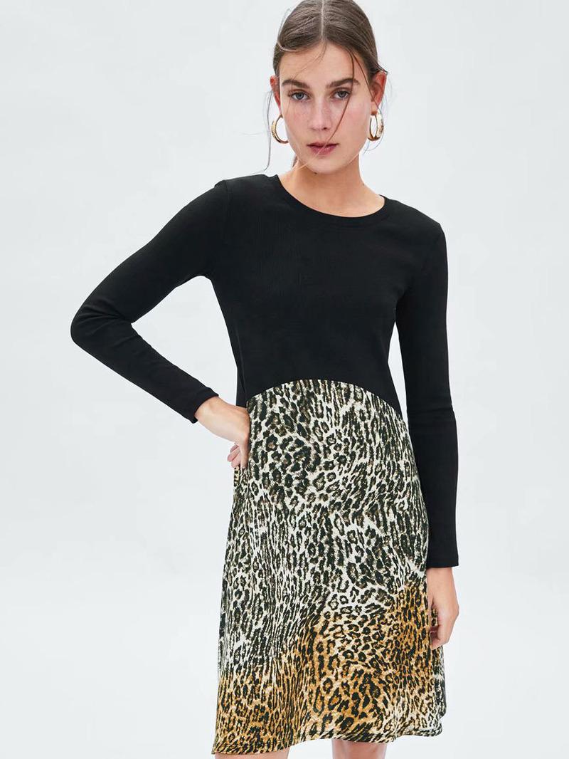 Trendy Patchwork Crew Neck Leopard Print Dress