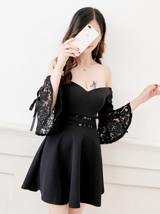 Patchwork Lace Low-cut Off The Shoulder Dress