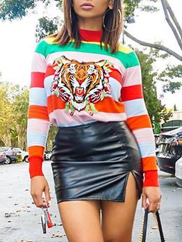 Mock Neck Contrast Color Tiger Printed T-Shirt