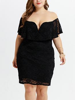 Boat Neck Ruffled Lace Plus Size Dress