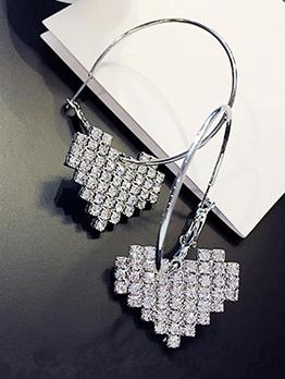 Heart Shape Rhinestone Design Earring