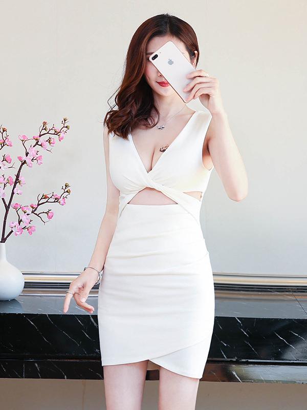 Sexy V Neck Solid Sleeveless Bodycon Dress