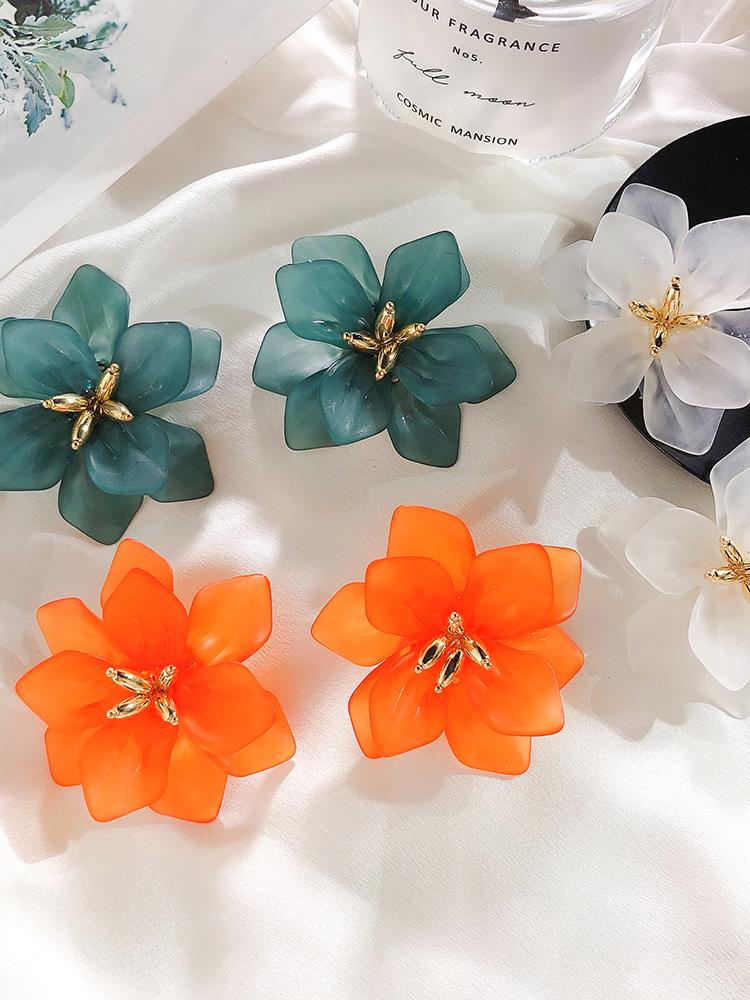 Retro Solid Color Big Petal Earrings