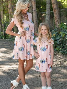 V Neck Flower T-Shirt Dress For Mother Girls