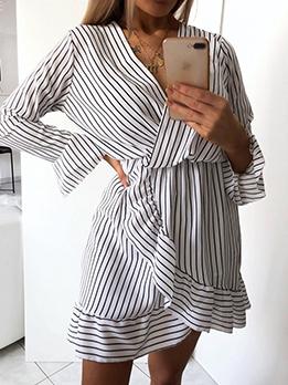 Fashion V Neck Ruffles Short Striped Dress
