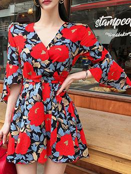 Stylish V Neck Flare Sleeve Print Dress