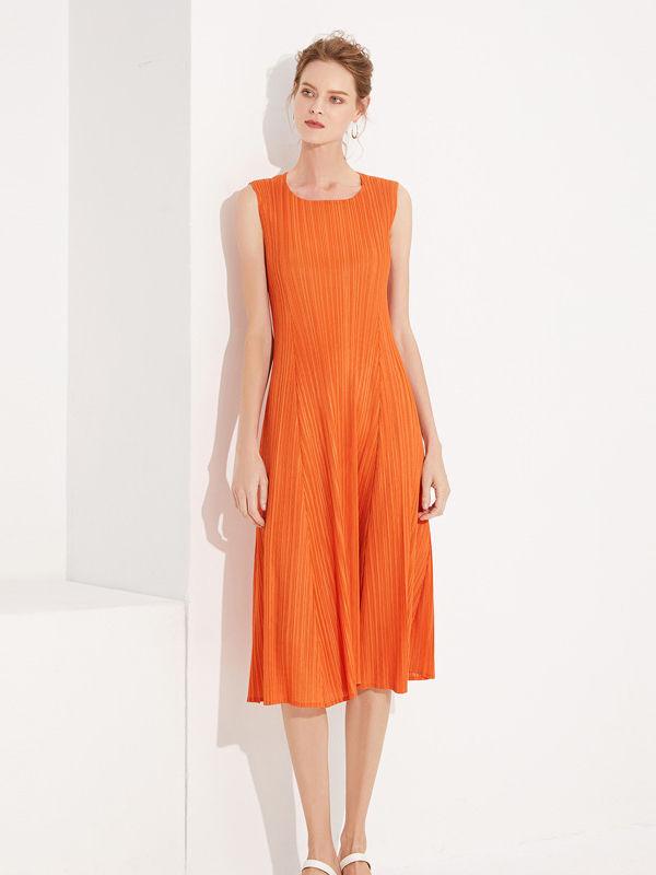 Summer Crew Neck Pleated Sleeveless Dress