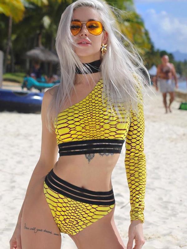 Sexy One Shoulder Snake Printed Bikini Set