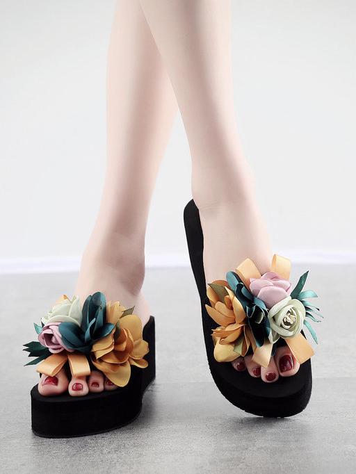Matching Stereo Flower Platform Flip Flop