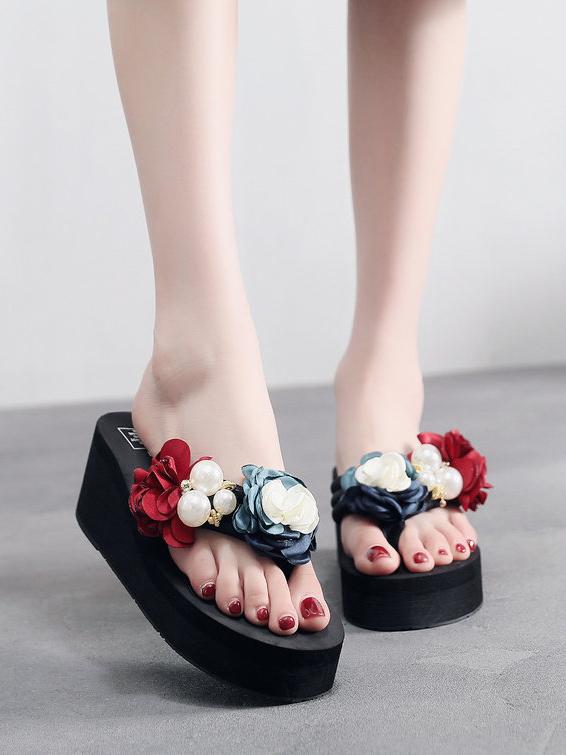 Flower Pearl Splicing Thong Platform Slide Slippers