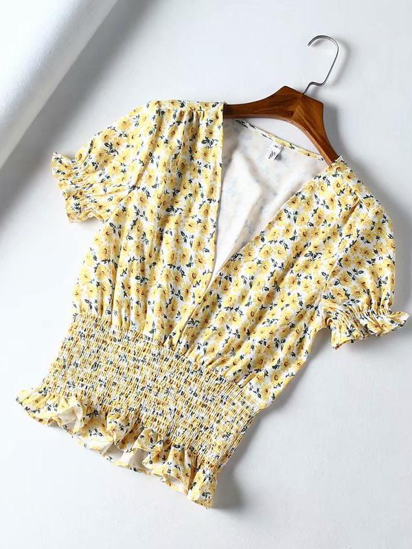 V Neck Puff Sleeve Smart Waist Floral T-shirt