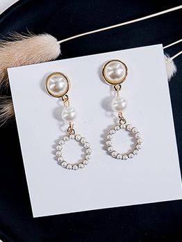 Elegant Faux Pearl Design Earrings