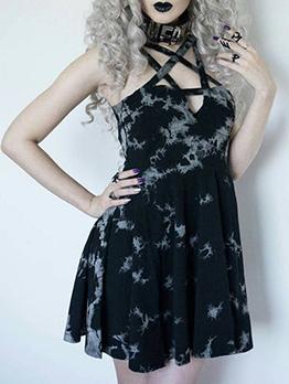 Lolita Fashion Floral Printed Straps Pleated Dress
