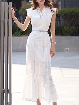 Elegant Lace Detail Fishtail Maxi White Dress