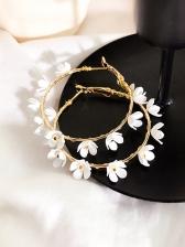 Fashion Circle Metal Flower Decor Earrings