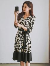 V Neck Tie-Wrap Contrast Color Printing Dresses