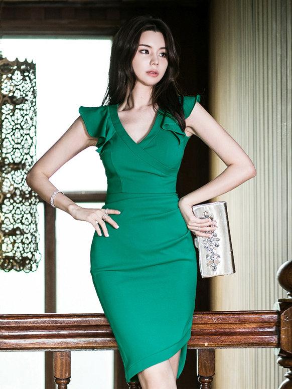 V Neck Ruffled Detail Green Bodycon Dress