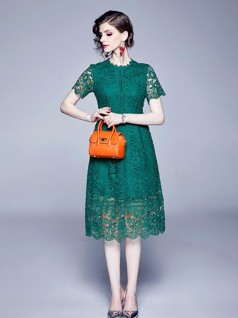 Venise Lace Hook Flower Pierced Short Sleeve Dress