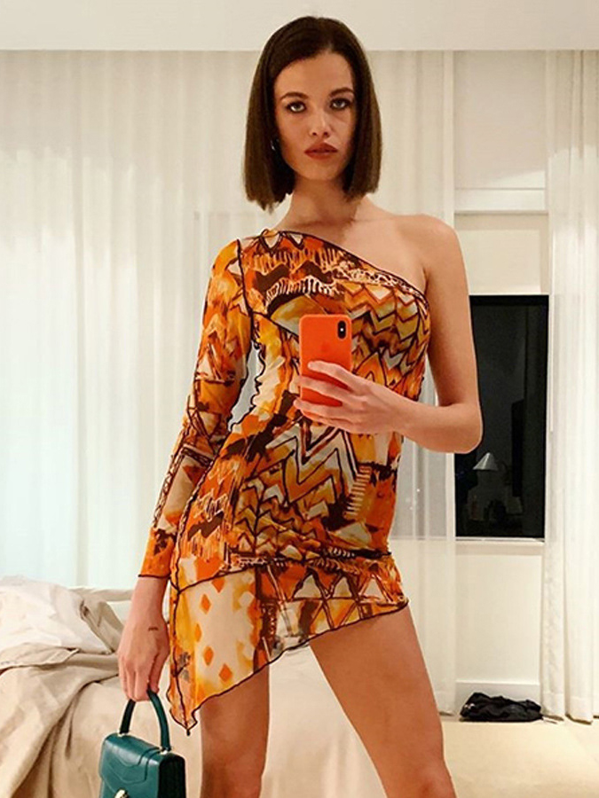 Inclined Shoulder Printed Mini Dress