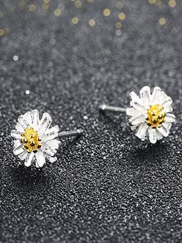 Korean Fashion Small Daisy Flower Earrings For Women