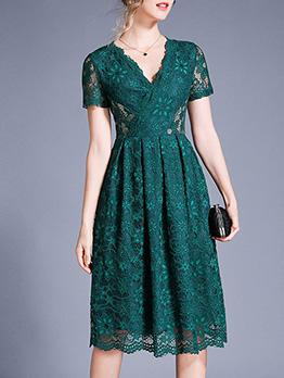 V Neck Fitted Large Hem Lace Short Sleeve Dress