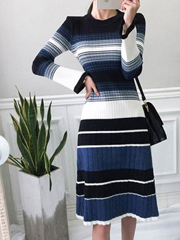 Contrast Color Striped Knitting Long Sleeve Dress