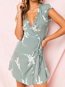 Stylish V Neck Printed Tie Wrap Short Sleeve Dress