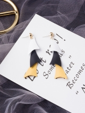 Contrast Color Triangle Shape Drop Earrings