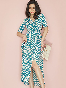 V Neck Geometric Printed Split Hem Maxi Dress