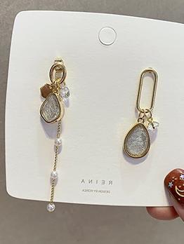 Easy Matching Rhinestone Patchwork Asymmetric Earrings
