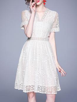 V Neck Lace White Short Sleeve Dress