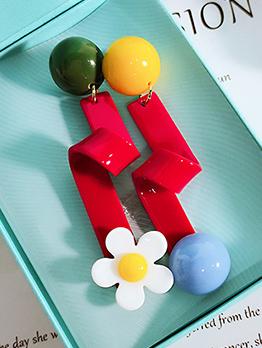 Stylish Asymmetric Flower Earrings For Women