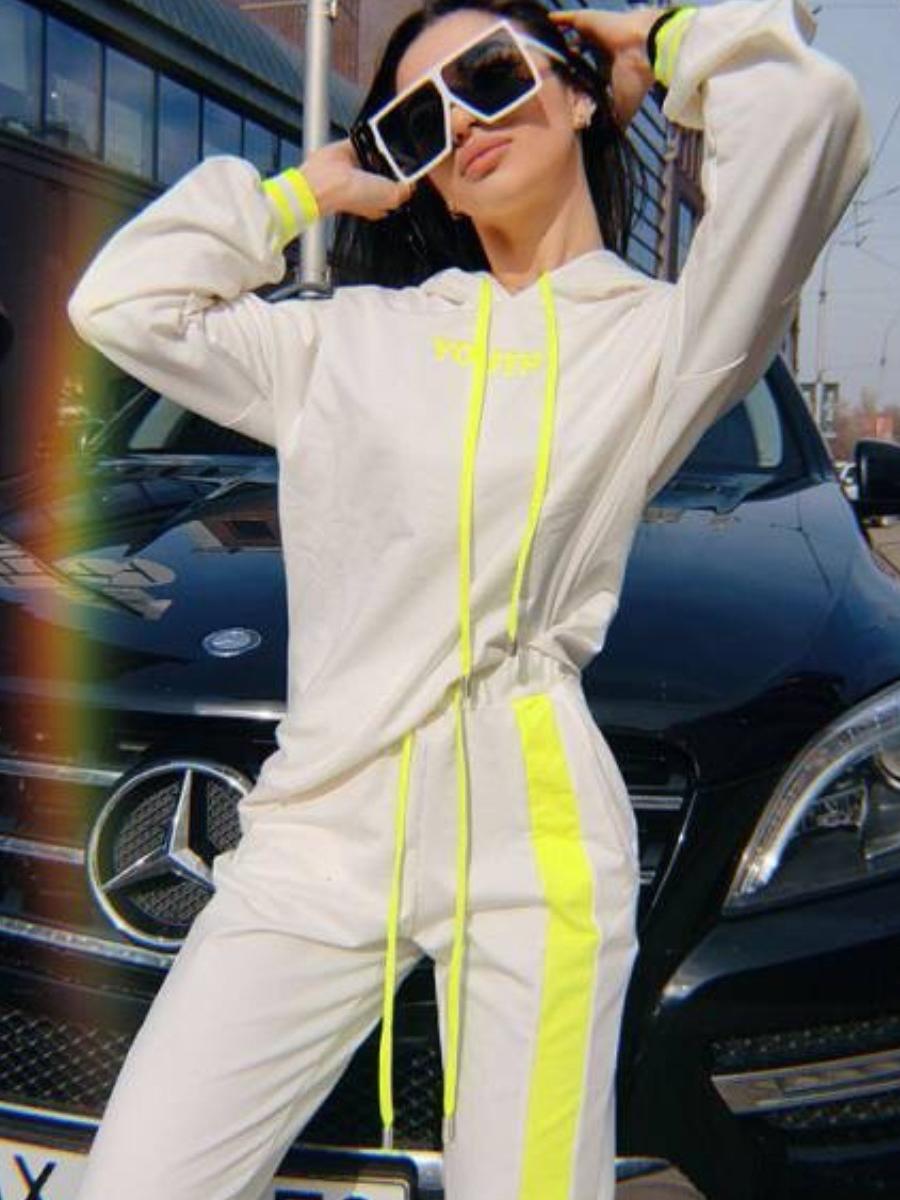 Drawstring Long Sleeve Sports Clothing