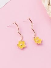 Fashion Curved Line Flower Earrings For Women