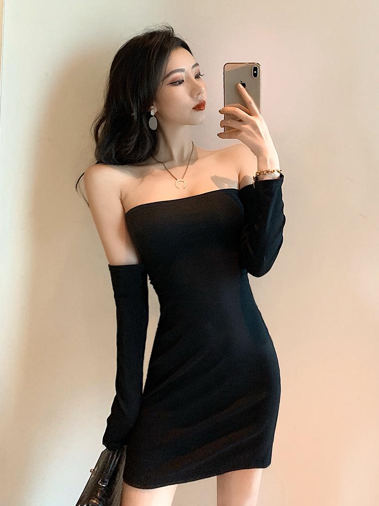 Cross Belt Backless Black Long Sleeve Dress