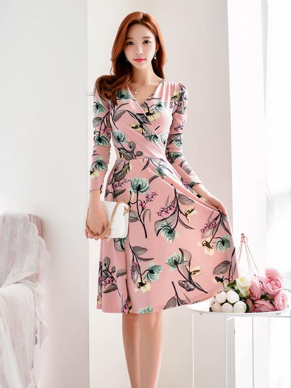 V Neck Large Hem Floral Long Sleeve Dress