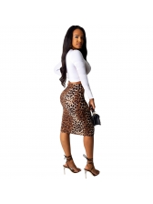 Letter Long Sleeve Cropped Tee With Leopard Skirt