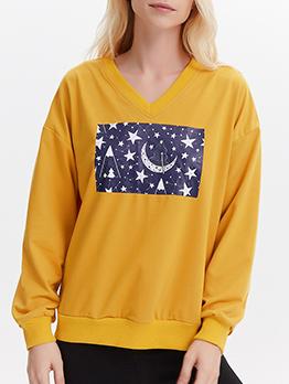 Star Moon Printed V Neck Sweatshirt In Yellow