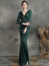 Elegant Sequined Split Long Sleeve Prom Dresses