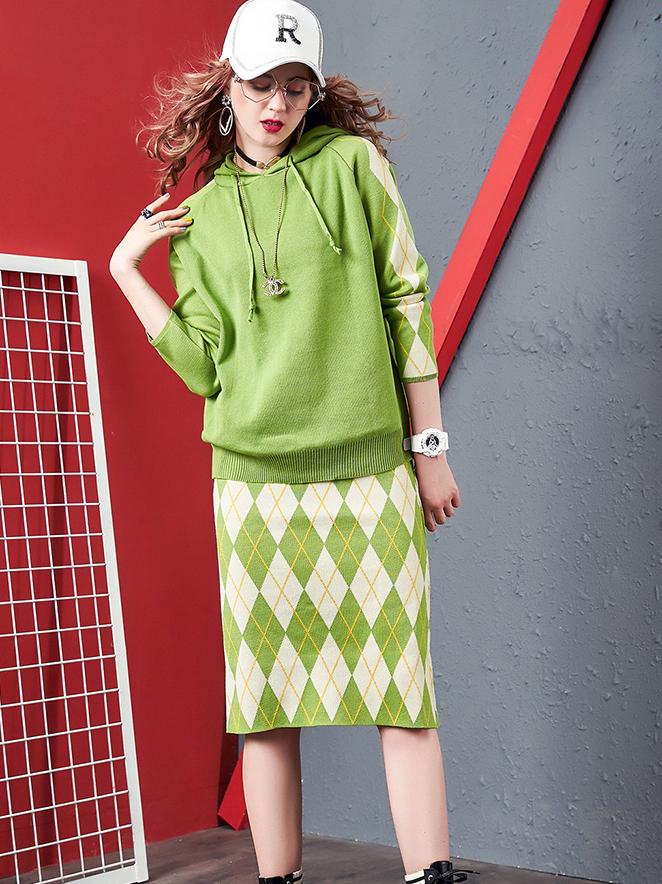 Rhombus Pattern Hooded Knitting 2 Piece Skirt Set