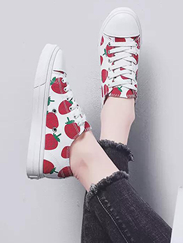 Strawberry Printed Cute Canvas Sneakers For Girls