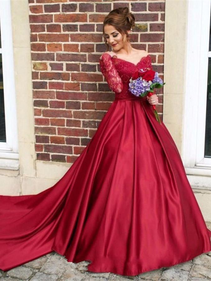 Large Hem Lace Patchwork Red Wedding Dress