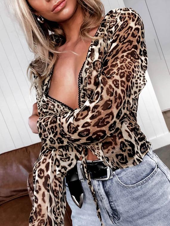 Stylish Deep v Leopard Print Blouse