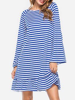 Chic Backless Tassel Decor Long Sleeve Striped Dress