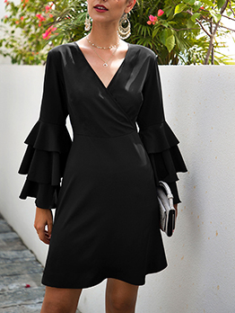 V Neck Empire Waisted Black Long Sleeve Dress
