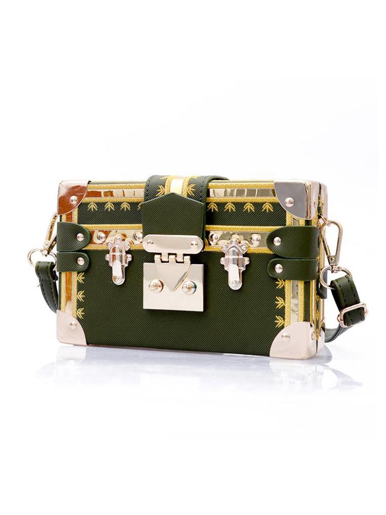 Vintage Style Embroidered Metal Splicing Shoulder Bag