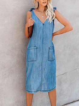 Solid Pockets Sleeveless Denim Dress