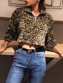 Winter Stand Collar Leopard Print Plush Short Sweatshirt