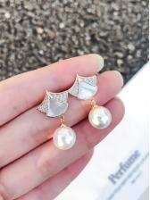 Simple Design Sector Pearl Earrings