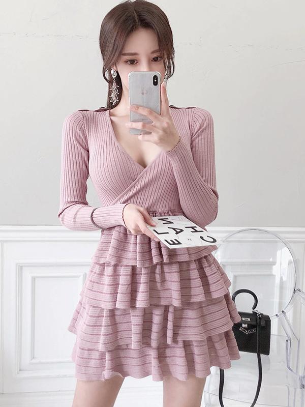 Ruffle Hem V Neck Long Sleeve Knit Dress